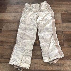 Obermeyer women's snowboarding pants size8